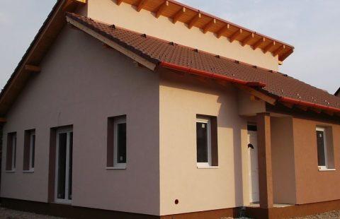(Ref.:HIC125) Modern, földszinti új építésű 102 m2, 3 szoba + nappalis ECO tégla családi ház Levélen kivitelezőtől eladó
