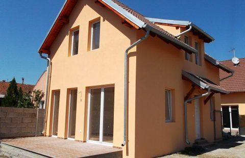 (Ref.:HIC123) Modern, új építésű 100 m2, 5 szobás ECO tégla családi ház Levélen kivitelezőtől eladó