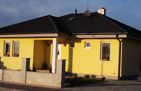 (Ref.:HIC124) Modern, földszinti új építésű 100 m2, 3 szoba + nappalis ECO tégla családi ház Levélen kivitelezőtől eladó